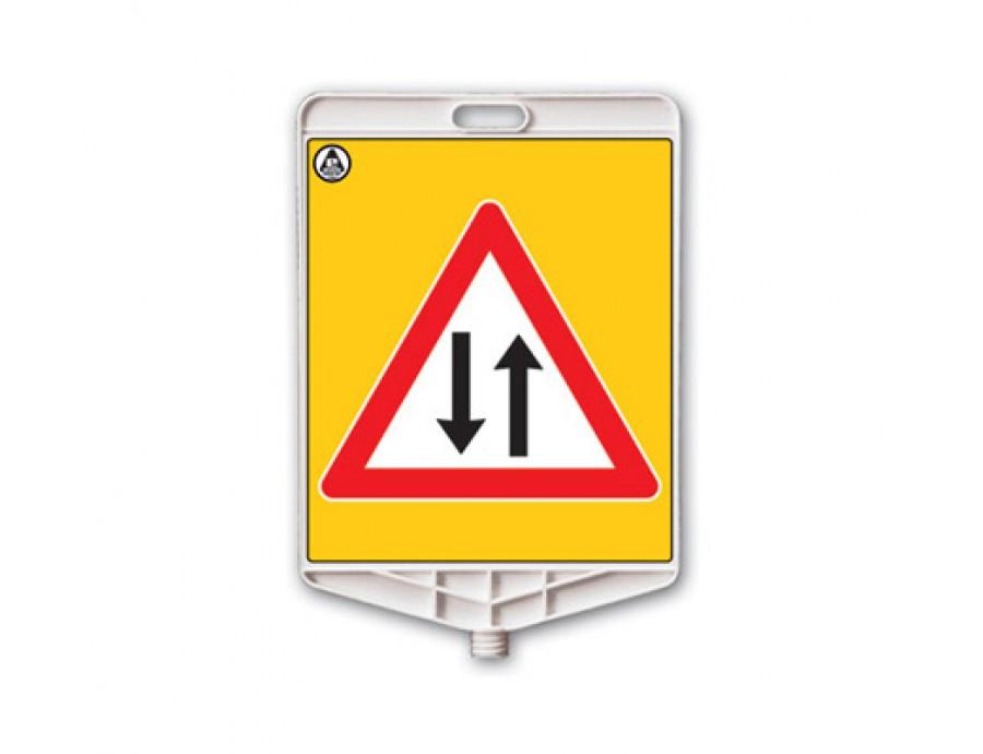 Trafik Levhaları 313 A R